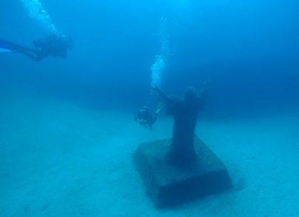 Imperial eagle y Cristo con Buceo-Malta