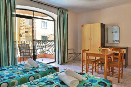 Pack promocional Hotel White Dolfin con buceo-malta